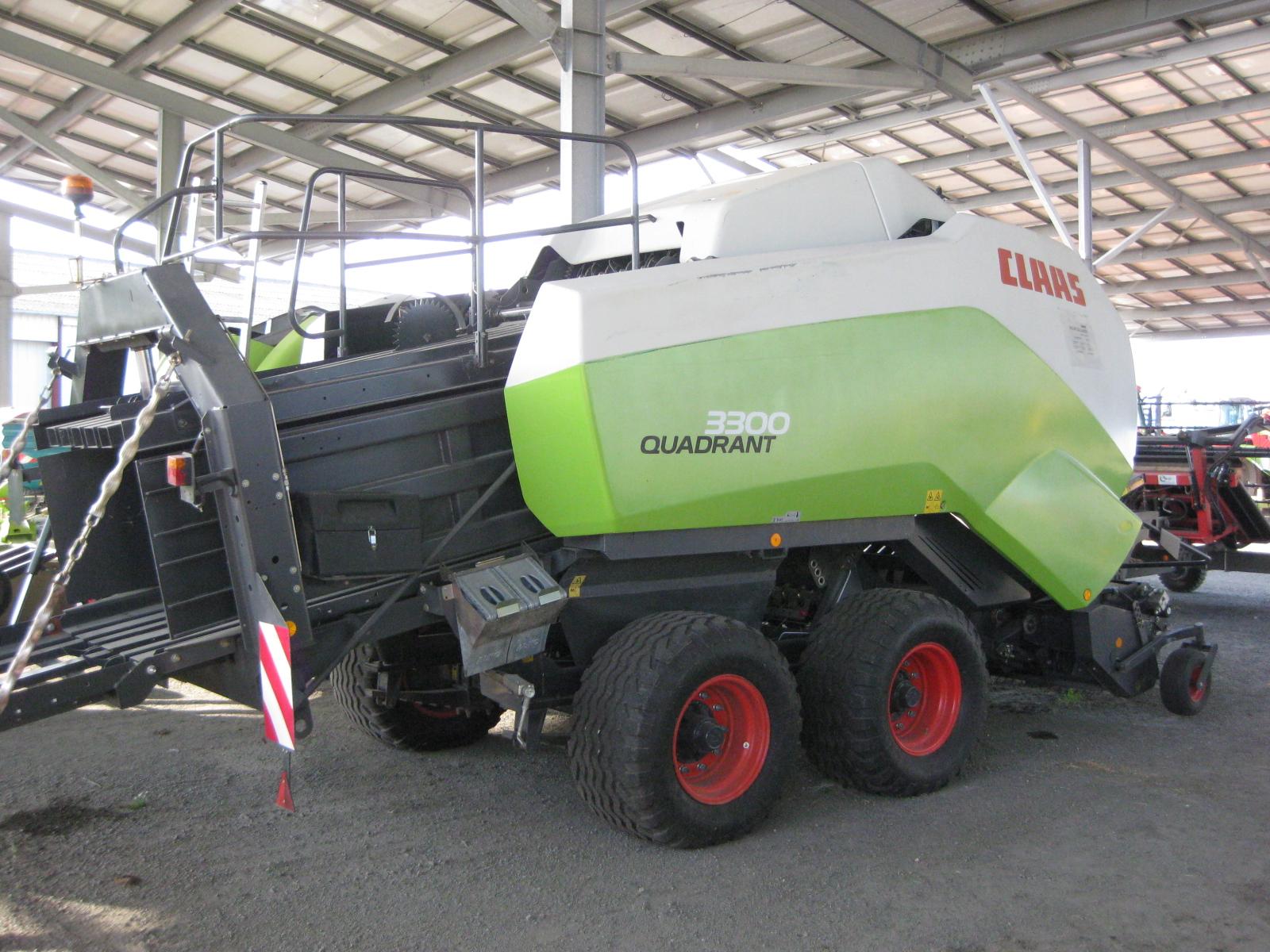 CLAAS - QUADRANT 3300 RF